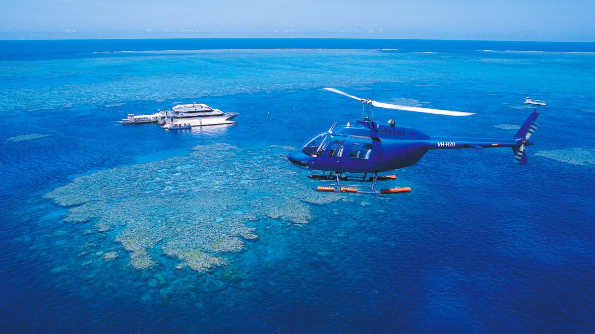 Helicopter flight to the Great Barrier Reef